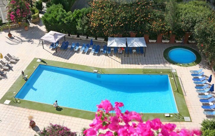 Navarria Hotel Cyprus Reviews