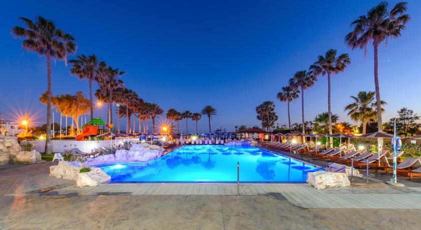 Pavlo Napa Hotel Beach